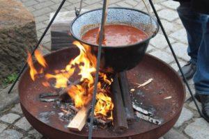 Kochen Gulasch Outdoor 2016